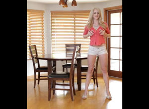 Chesty ash-blonde Youngster uses her..