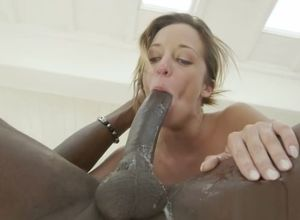 Extraordinaire Jada Stevens is making..
