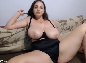 Enormous bumpers lush young woman live..